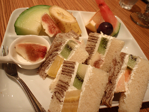MIKI Fruits(sandwitch)3.jpg
